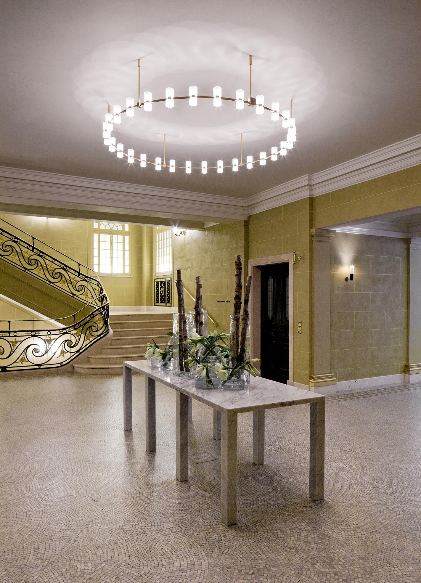 royal chandelier_img2